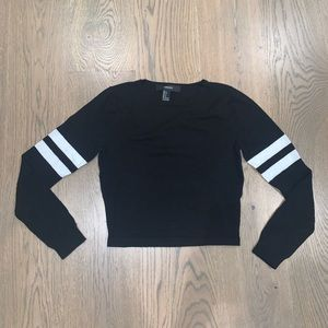 forever 21 cropped black sweatshirt